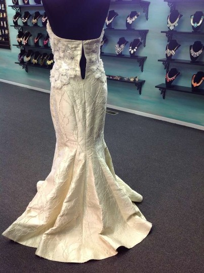 Fitted Mermaid Gown Wedding Dress