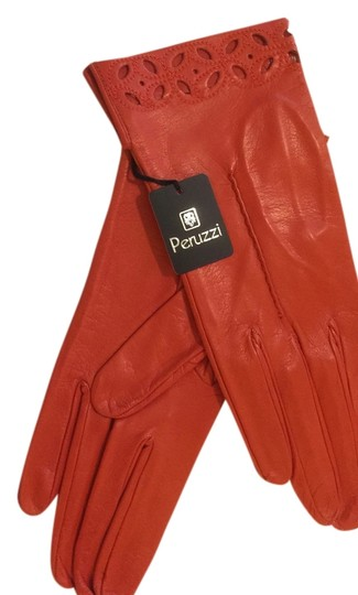PERUZZI NEW WITH TAGS PERUZZI SOFT AS BUTTER LEATHER GLOVES