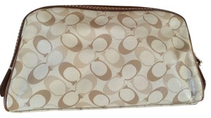 Coach Chelsea Cosmetics Pvc Khaki/Toffee Travel Bag