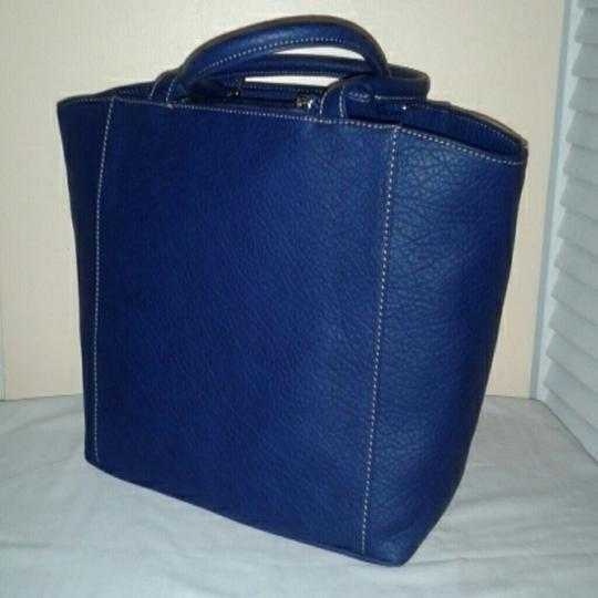 Nine West Tote in NAVY and CREME