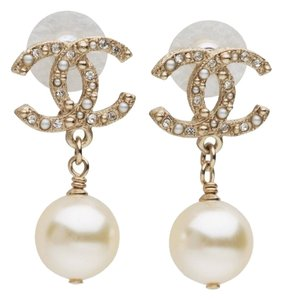 Chanel CHANEL CLASSIC CC LG PEARL WEDDING EARRINGS
