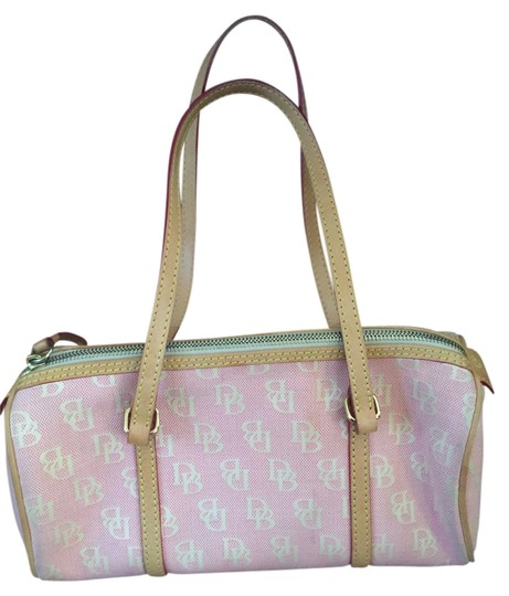 Preload https://item3.tradesy.com/images/dooney-and-bourke-signature-collection-db-canvas-pink-and-cream-jacquard-leather-shoulder-bag-3121567-0-0.jpg?width=440&height=440