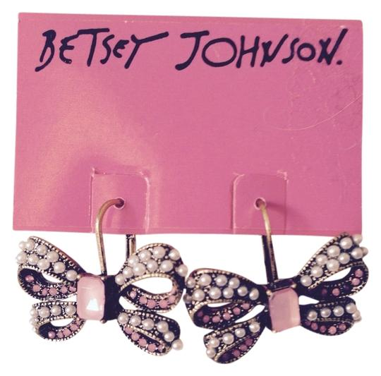 Betsey Johnson Pink & Seed Pearl Bow Earrings