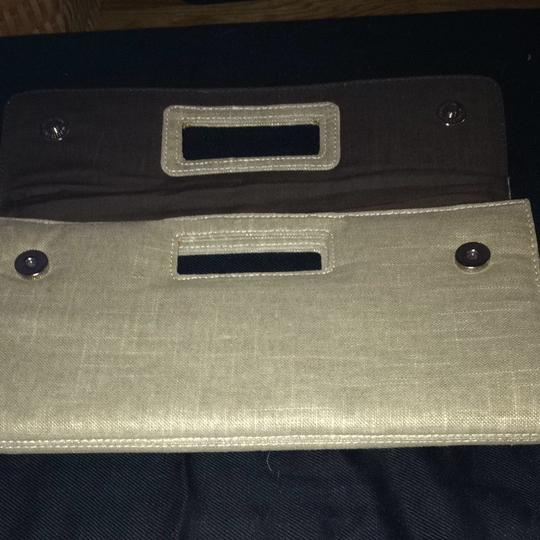 Gap Beige With Hints Of Gold/brown Interior Clutch