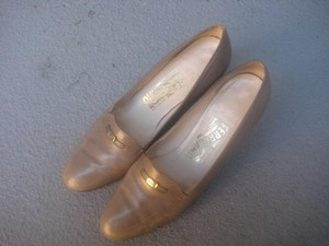 Salvatore Ferragamo Taupe Pumps