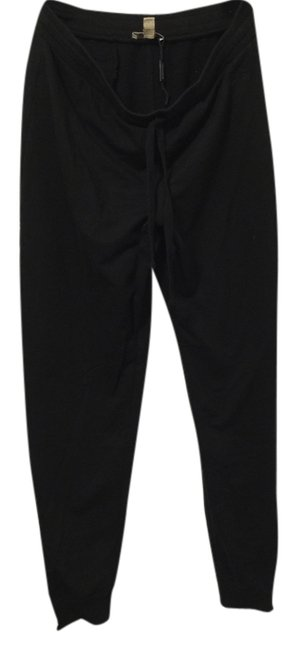 Preload https://item4.tradesy.com/images/burberry-black-relaxed-fit-pants-size-8-m-29-30-3126718-0-0.jpg?width=400&height=650