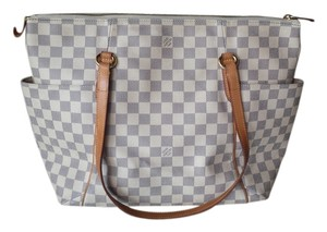 Louis Vuitton Totally Gm Tote in Cream and Gray