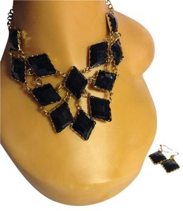 Black Acrylic Necklace Earring Set