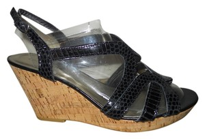 Kelly & Katie Leather Platform Wedge Mbc black Sandals