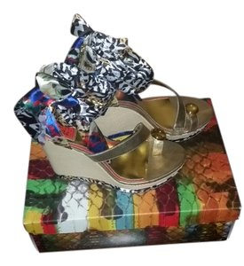 Carlos Falchi Multicolor Sandals