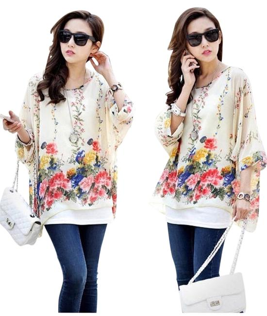 Preload https://item1.tradesy.com/images/floral-batwing-blouse-size-os-one-size-3130300-0-0.jpg?width=400&height=650