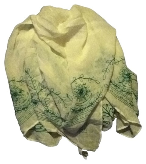 Preload https://item4.tradesy.com/images/old-navy-white-green-embroidery-scarfwrap-31358-0-0.jpg?width=440&height=440