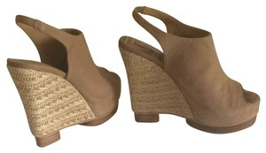 Matiko Natural Wedges