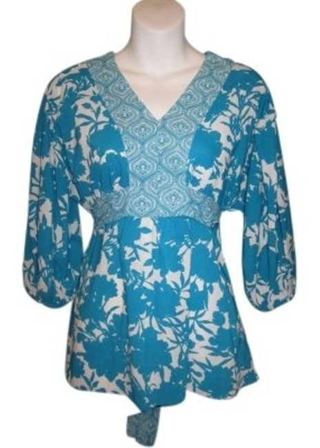 Preload https://item4.tradesy.com/images/george-blue-floral-hippy-tunic-blouse-size-8-m-31433-0-0.jpg?width=400&height=650