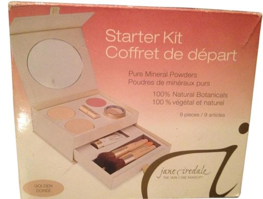 Jane Iredale Jane Iredale Kit Brand new, bought wrong color, no reciept can return it.