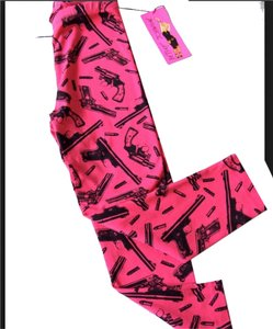 Betsey Johnson Guns Gun Pants Capris Pink Leggings