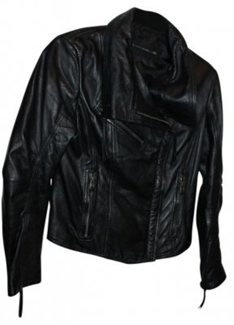 Preload https://item2.tradesy.com/images/zara-black-leather-motorcycle-jacket-size-12-l-31581-0-0.jpg?width=400&height=650