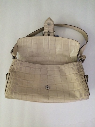 Dooney & Bourke Satchel in Off White Creme