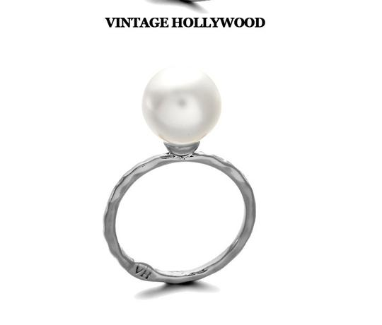Other Gold Vintage Hollywood Gold Plated ring with Pearl.