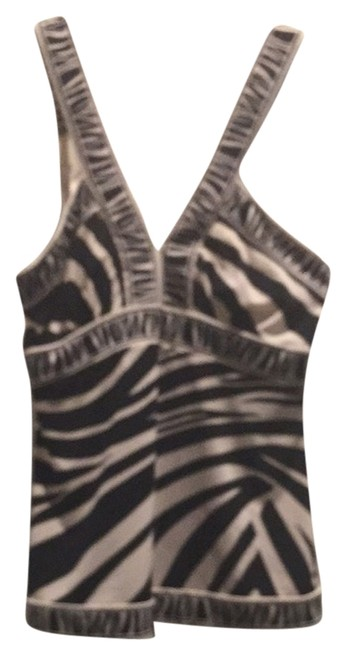 Preload https://item5.tradesy.com/images/bcbgmaxazria-black-and-cream-night-out-top-size-4-s-3159754-0-0.jpg?width=400&height=650