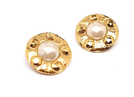 "Chanel CHANEL VINTAGE 1-1/2"" Round Gold Tone CLIP Earrings-Large pearls numbered"