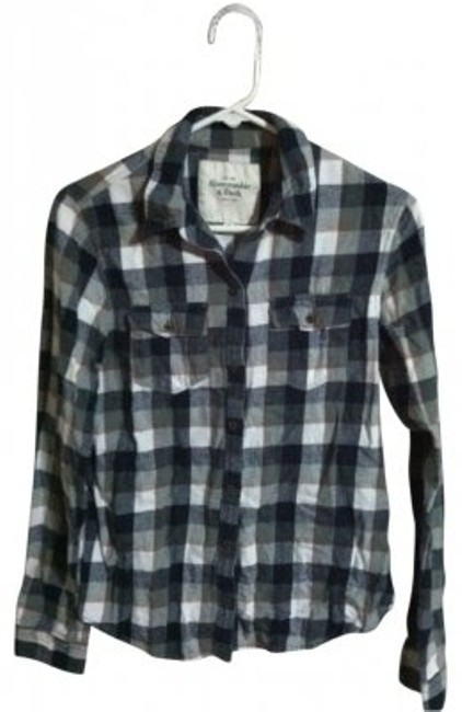 Preload https://img-static.tradesy.com/item/31624/abercrombie-and-fitch-blackgrey-flannel-button-down-top-size-8-m-0-0-650-650.jpg