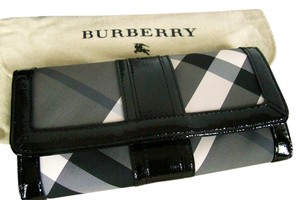 Burberry New Burberry Prima Continental Wallet