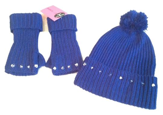 Preload https://item2.tradesy.com/images/betsey-johnson-new-stud-beanie-and-fingerless-glove-set-blue-3165556-0-0.jpg?width=440&height=440