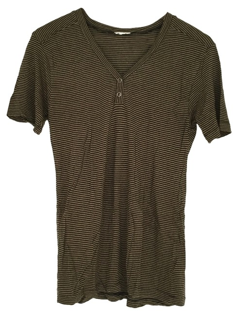 Urban Outfitters T Shirt black olive