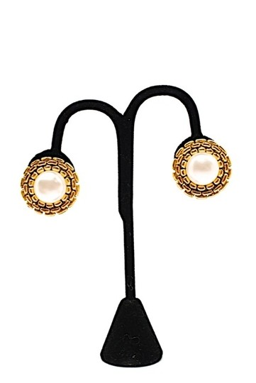 """Chanel CHANEL VINTAGE Gold Tone Round Earrings with Pearl-1-1/4"""" round Clips-Ex Cond"""