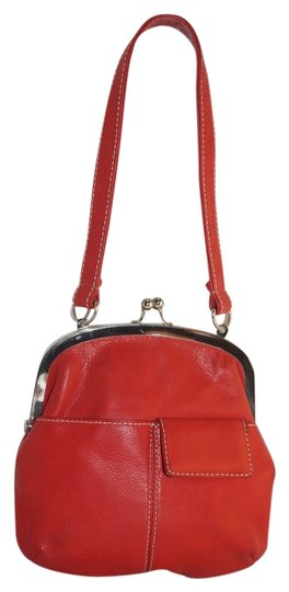 Preload https://item5.tradesy.com/images/muni-little-snap-close-purse-shoulder-8x8-red-leather-clutch-3166924-0-0.jpg?width=440&height=440