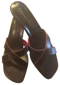 Country Shop Black With Red Detailing Sandals