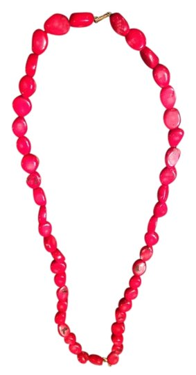Preload https://item5.tradesy.com/images/red-necklace-3168019-0-0.jpg?width=440&height=440