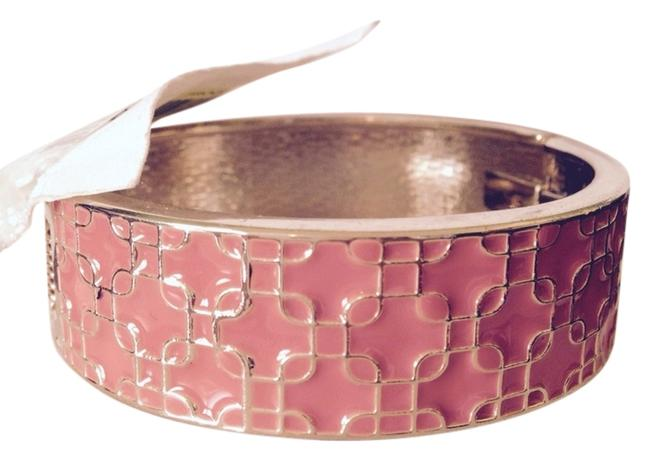 Item - Apricot/Gold Enamel Hinged Bangle Braceley