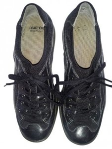 Kenneth Cole Reaction Black Athletic