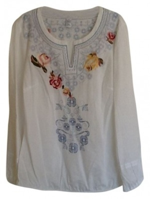 Preload https://item5.tradesy.com/images/style-and-co-white-embroidered-blouse-size-4-s-31699-0-0.jpg?width=400&height=650