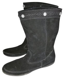Minnetonka Black Boots