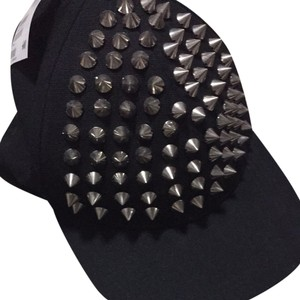 H&M Studded Fitted Hat