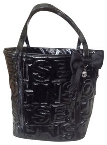 Betsey Johnson Tote in Black