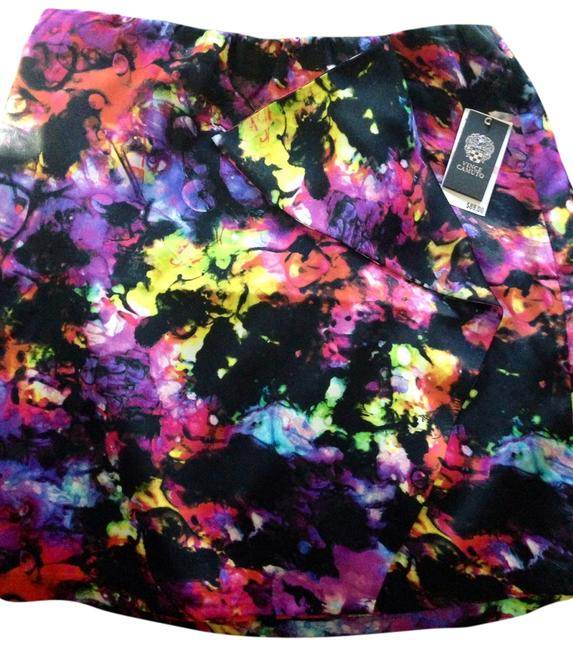 Preload https://item4.tradesy.com/images/vince-camuto-multi-colors-miniskirt-size-10-m-31-3176803-0-0.jpg?width=400&height=650