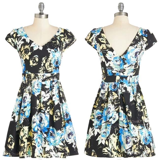 Preload https://item3.tradesy.com/images/modcloth-multi-color-bookmaking-lunch-in-radiance-50s-v-neck-fit-and-flare-water-color-floral-mini-a-3177952-0-0.jpg?width=400&height=650