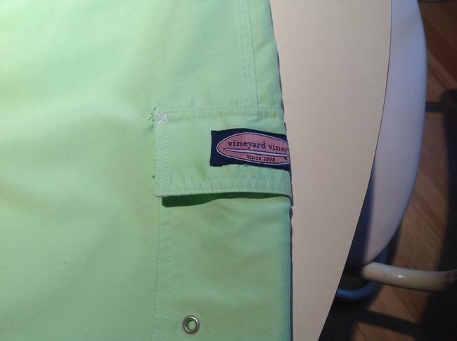 Vineyard Vines Mini Skirt Lime green