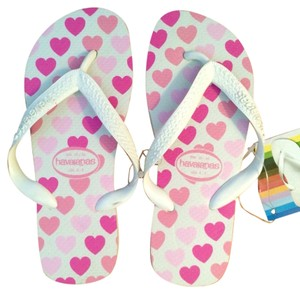 Havaianas White and Pink Sandals