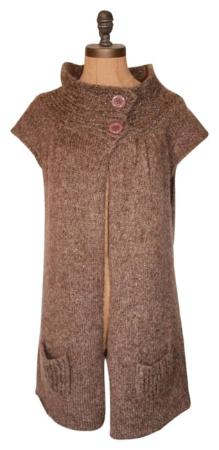 Preload https://item4.tradesy.com/images/bcbgmaxazria-taupe-knit-sweaterpullover-size-6-s-3182413-0-0.jpg?width=400&height=650
