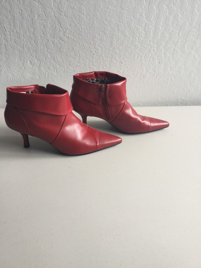 Fioni Pointed Toe Ankle Cuff Red Boots