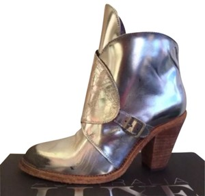 Australia Luxe Collective Aged Silver Boots