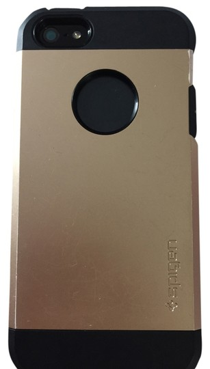 Preload https://item4.tradesy.com/images/black-gold-iphone-55s-case-tech-accessory-3184543-0-0.jpg?width=440&height=440