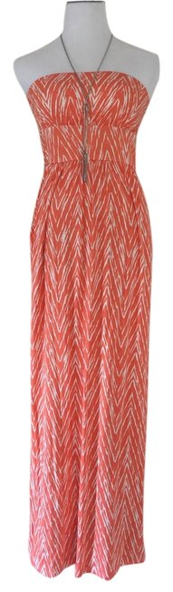 Preload https://item5.tradesy.com/images/zigzag-print-strapless-long-casual-maxi-dress-size-8-m-3185884-0-0.jpg?width=400&height=650