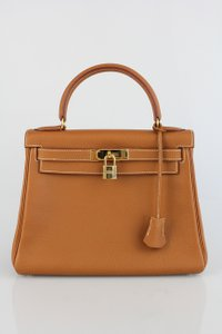 Hermès Clemence Leather Kelly Retourne Satchel in Caramel