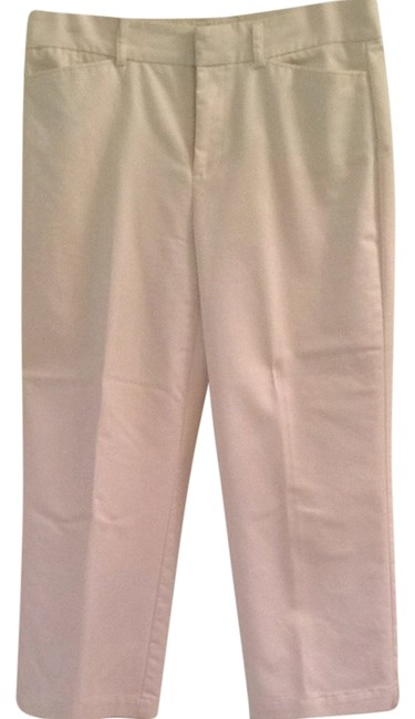 Preload https://item1.tradesy.com/images/dockers-white-ideal-fit-capris-size-6-s-28-3188365-0-0.jpg?width=400&height=650